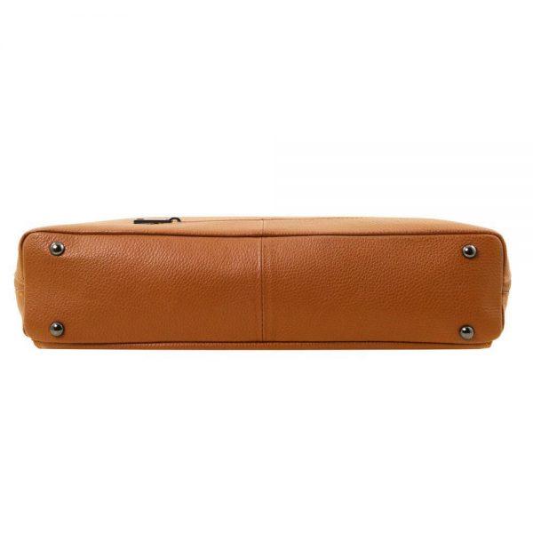 Дамска кожена чанта TL141630-01