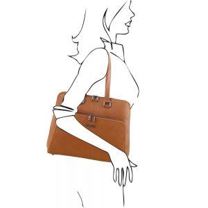 Дамска кожена чанта TL141630-03