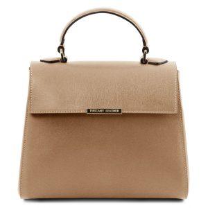 елегантна италианска кожена чанта за дами със стил в цвят карамел