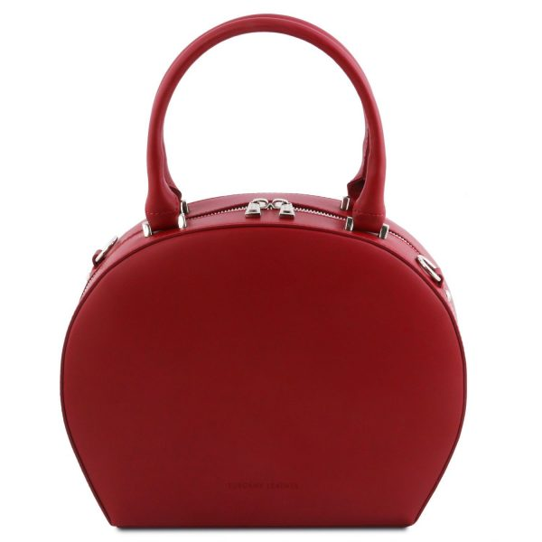 заоблена дамска кожена чанта в червено