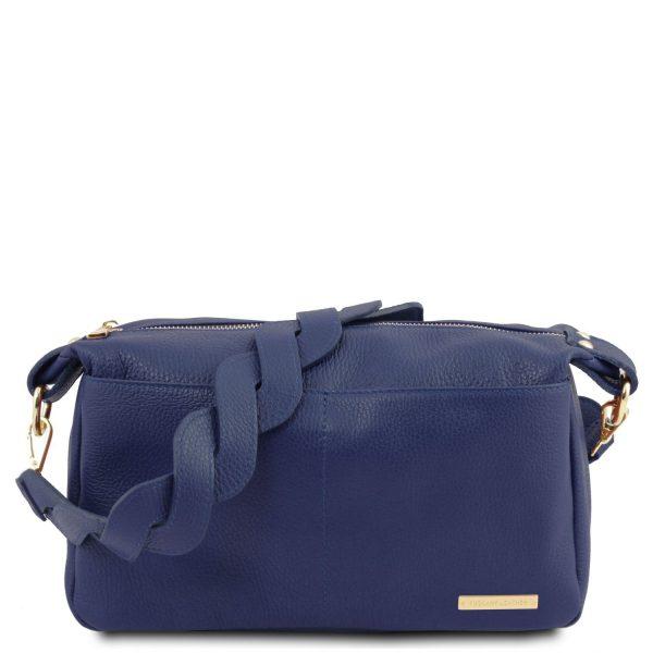 Красива дамска чанта от естествена кожа в синьо