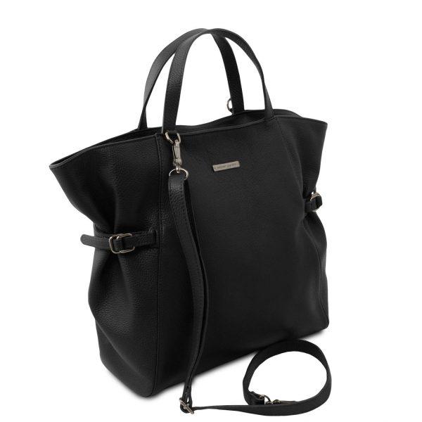 голяма кожена дамска чанта в черно