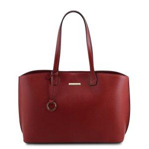 италианска дамска кожена чанта в червено