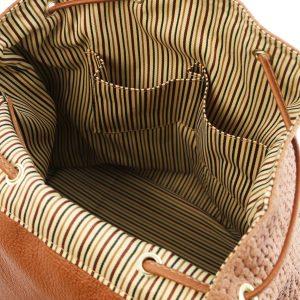 дамска кожена раница с щампа плетеница в цвят канела