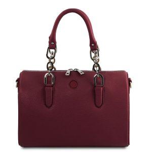 дамска кожена чанта със заоблен дизайн в цвят бордо