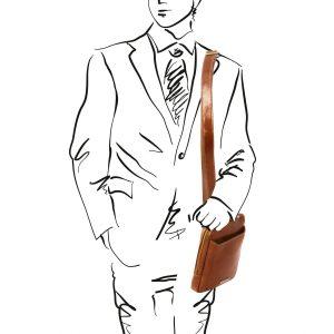 мъжка кожена чанта в цвят мед
